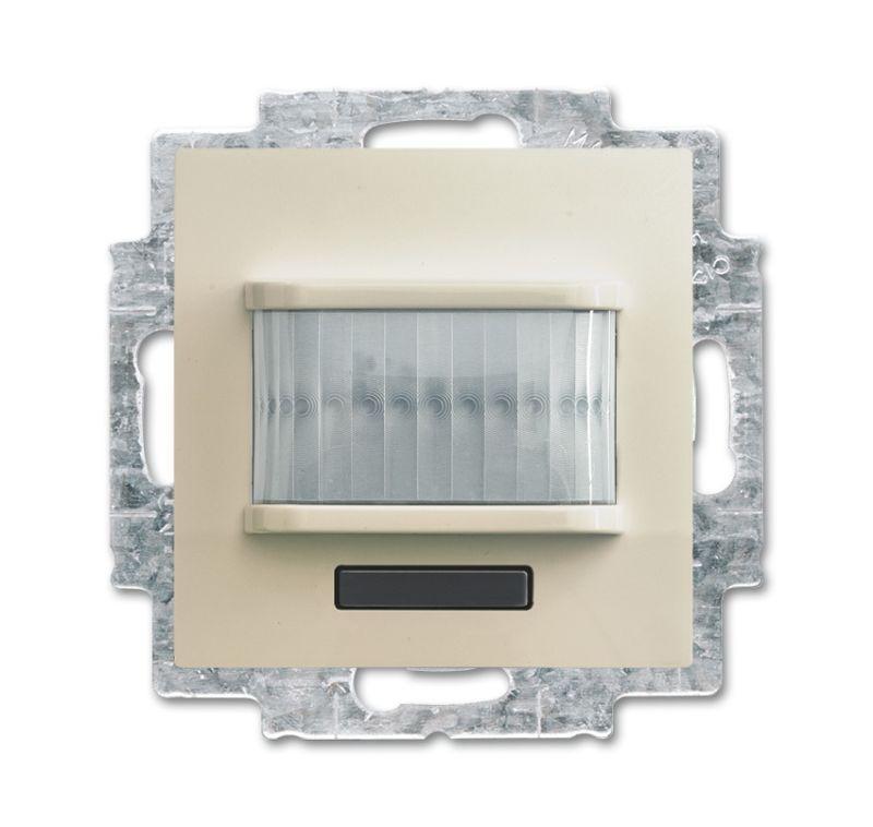 Фото Датчик движения/активатор выключателя free@home; 1-кан.; беспроводной; Basic 55; MSA-F-1.1.1-92-WL сл. кость ABB 2CKA006200A0087