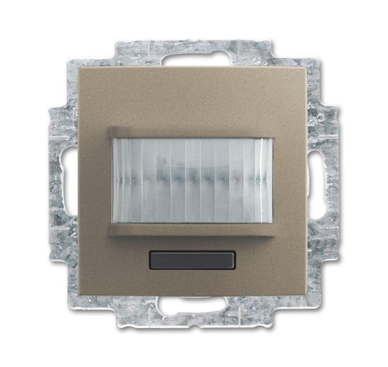 Фото Датчик движения/активатор выключателя free@home; 1-кан.; беспроводной; Basic 55; MSA-F-1.1.1-93-WL шампань ABB 2CKA006200A0088