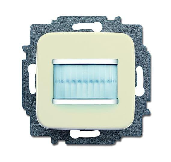 Фото Датчик движения MSA-F-1.1.1-212 /релейный активатор free@home BD сл. кость ABB 2CKA006220A0220 {2CKA006220A0220;6220-0-0220}