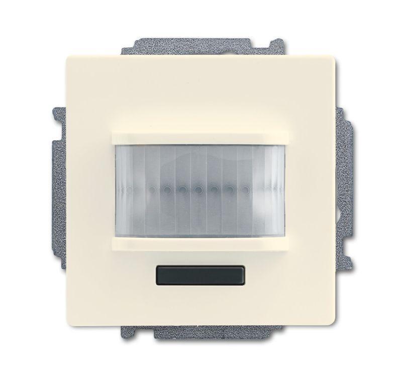 Фото Датчик движения/активатор выключателя free@home; 1-кан.; беспроводной; MSA-F-1.1.1-82-WL solo/future; сл. кость ABB 2CKA006200A0084