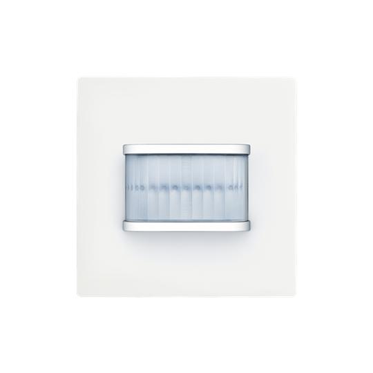 Фото Датчик движения/активатор выключателя free@home; 1-кан.; беспроводной; MSA-F-1.1.1-884-WL solo/future; бел. бархат ABB 2CKA006200A0097