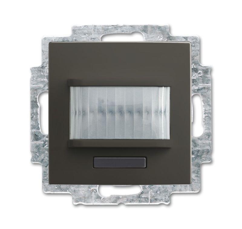 Фото Датчик движения/активатор выключателя free@home; 1-кан.; беспроводной; Basic 55; MSA-F-1.1.1-95-WL chateau-черн. ABB 2CKA006200A0090