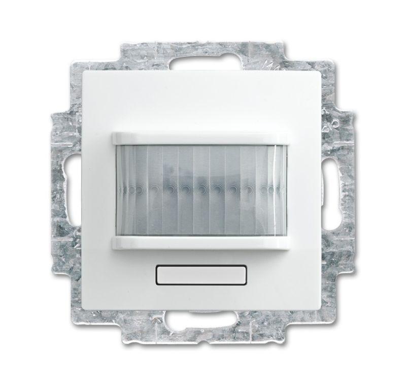 Фото Датчик движения/активатор выключателя free@home; 1-кан.; беспроводной; Basic 55; MSA-F-1.1.1-94-WL альп. бел. ABB 2CKA006200A0089