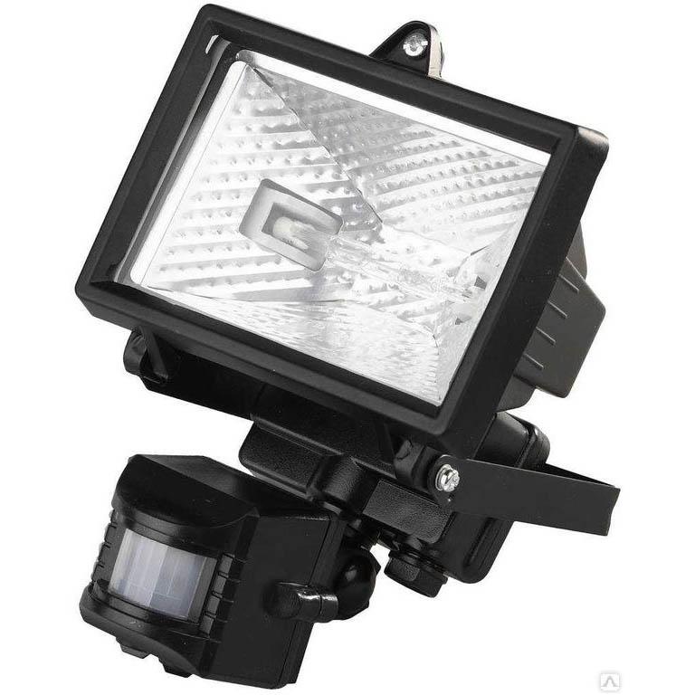 Фото Прожектор галогеновый СВЕТОЗАР с датчиком движения, цвет черный, 150 Вт {SV-57111-B}