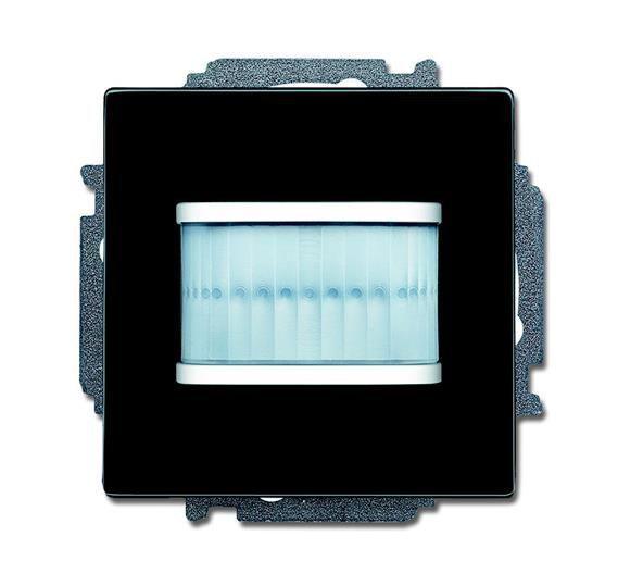 Фото Датчик движения MSA-F-1.1.1-95 релейный активатор free home Basic 55 черн. ABB 2CKA006220A0701 {2CKA006220A0701;6220-0-0701}