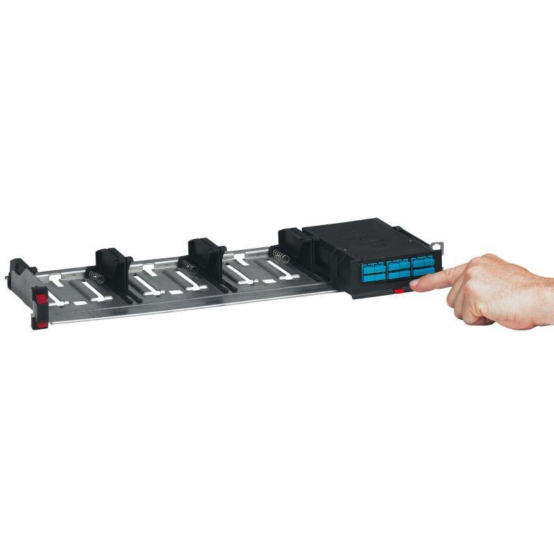 Фото Полка оптическая неукомп. высокой плотности модульная для установки кассет 19дюйм 1U Leg 032140