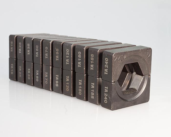 Фото Набор матриц НМ-300 ТА для опрессовки алюминиевых и алюмомедных наконечников по ГОСТ (10 шт.) {61034} (1)